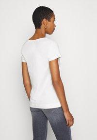 Soft Rebels - SRELLE - Basic T-shirt - snow white - 2