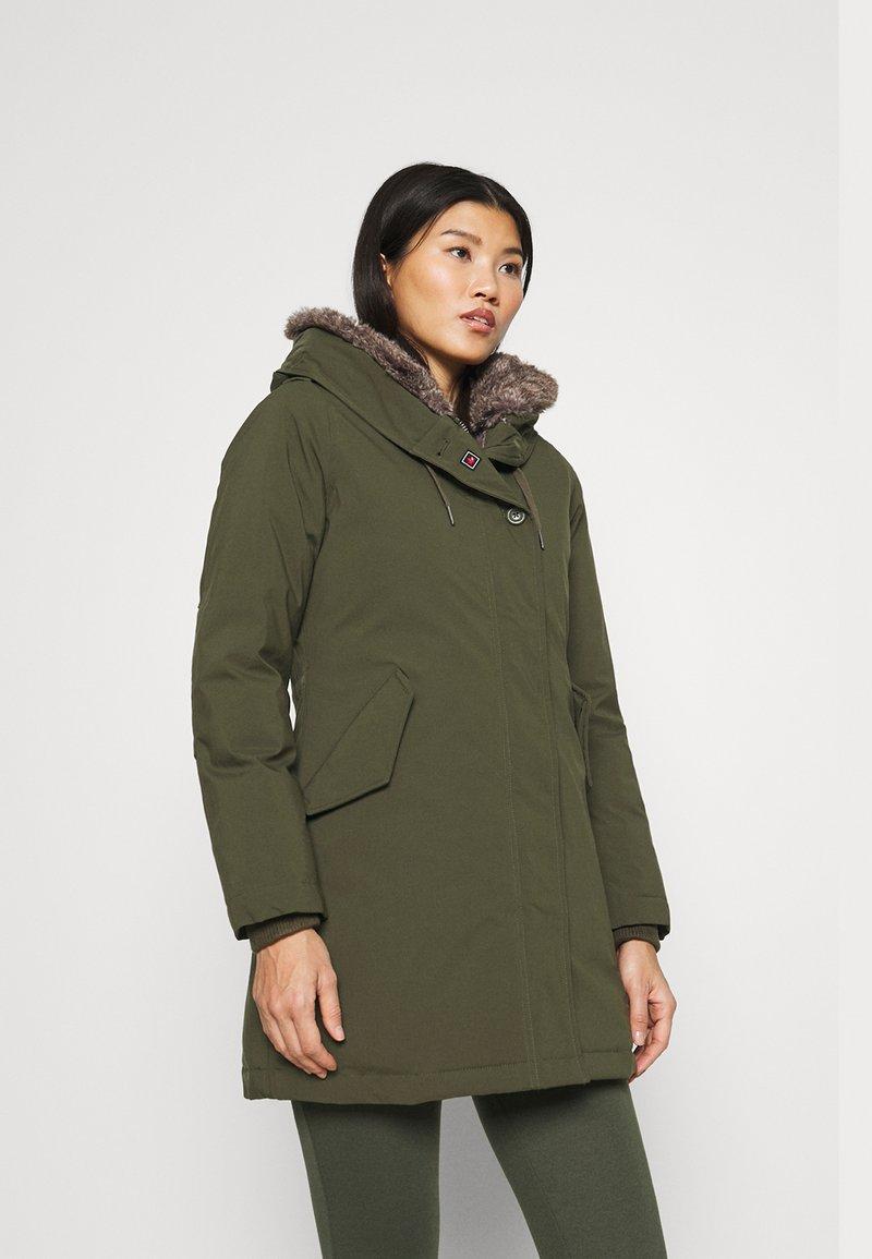 Canadian Classics - LANIGAN TECH - Zimní kabát - army
