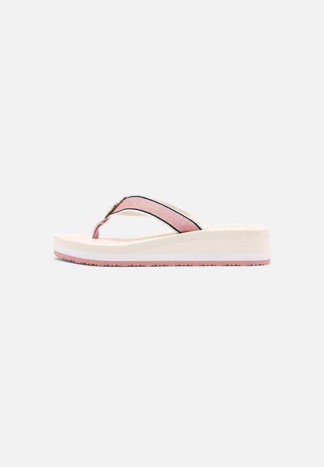 MID WEDGE BEACH  - Teensandalen - soothing pink