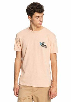 INFORMAL DISCO - Print T-shirt - apricot