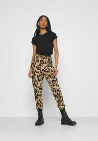 River Island - Tracksuit bottoms - brown - 1