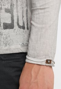Key Largo - SPEED - Maglietta a manica lunga - silver - 6