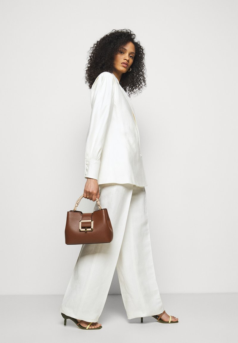 Bally - JANELLE - Handbag - cuero