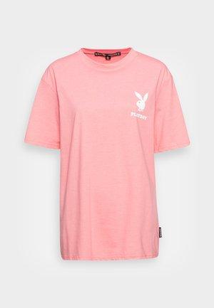 PLAYBOY LOGO OVERSIZED TEE - Basic T-shirt - pink