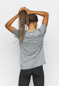 Under Armour - TECH TWIST - Camiseta básica - pitch gray