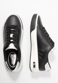 MICHAEL Michael Kors - CODIE LACE UP - Trainers - black/silver - 3