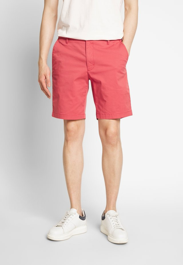 SALTWATER - Shorts - red