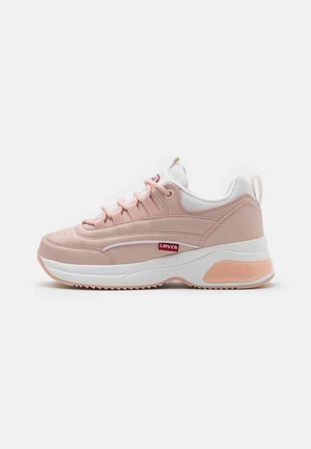CHELSEA UNISEX - Sneakersy niskie - light pink/white