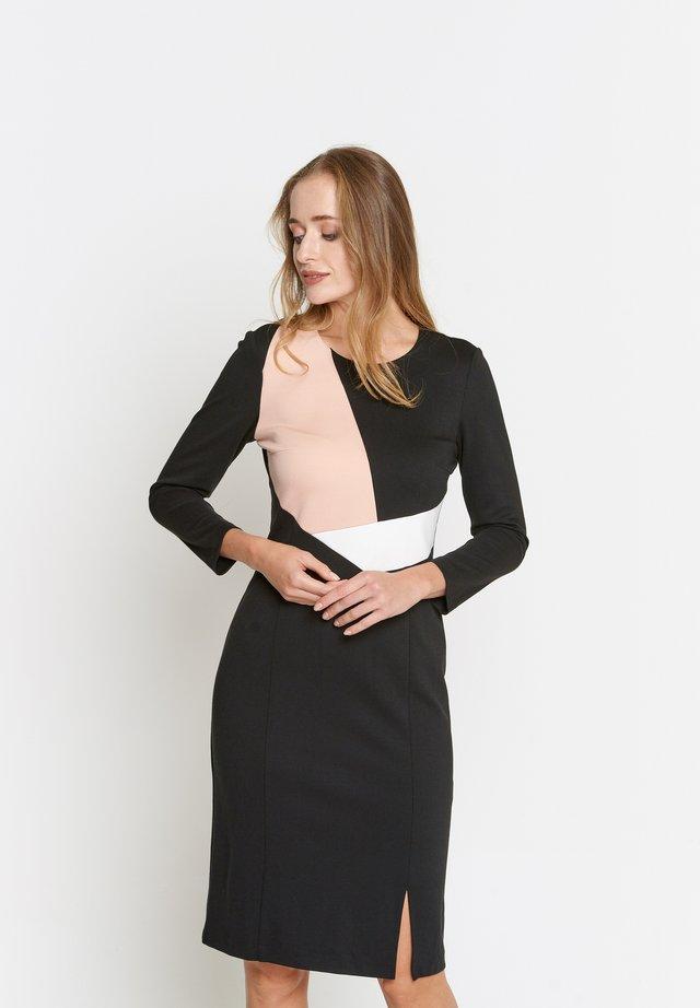 Etui-jurk - schwarz, pfirsich