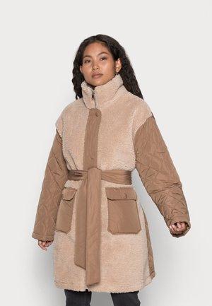 ONLFLY QUILT SHACKET - Winter coat - humus/woodsmoke quilt