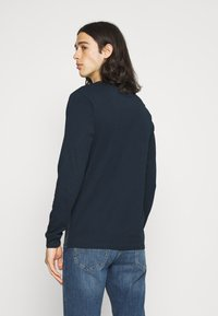 Jack & Jones - JCOCARGO TEE CREW NECK - Camiseta de manga larga - navy blazer - 2