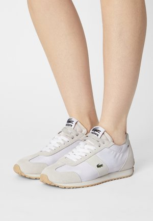 COURT PACE - Trainers - white/off white