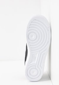 Nike Sportswear - AIR FORCE 1 - Trainers - black/white - 6