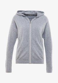 Filippa K - SOFT SPORT HOODIE - Sportovní bunda - grey melange - 3
