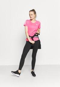 adidas Performance - OWN THE RUN TEE - T-shirts med print - scream pink - 1