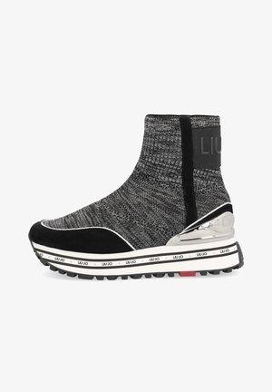 Zapatillas altas - black/grey/white