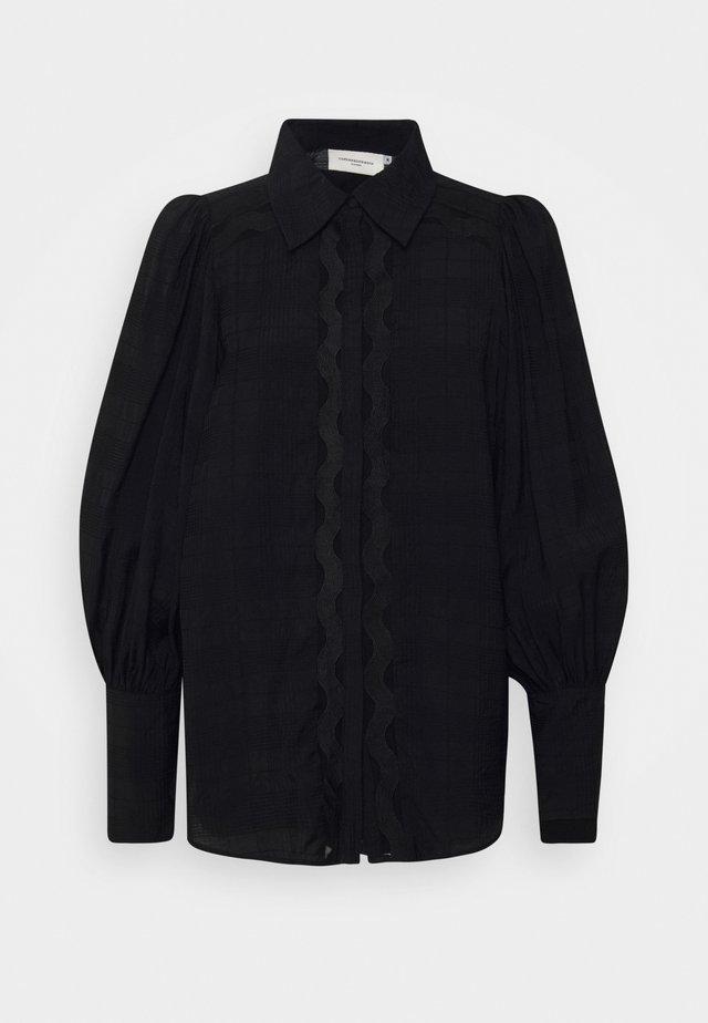 CMULTRA - Skjortebluser - black