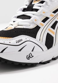 ASICS SportStyle - GEL-1090 - Trainers - black/white - 2