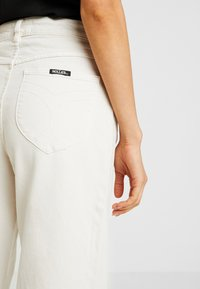 Rolla's - SAILOR - Flared jeans - cream - 3