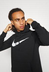 Nike Performance - Sweat à capuche - black/white - 3