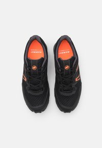 Mammut - GIRUN HIKE LOW GTX MEN - Hiking shoes - black/vibrant orange - 3
