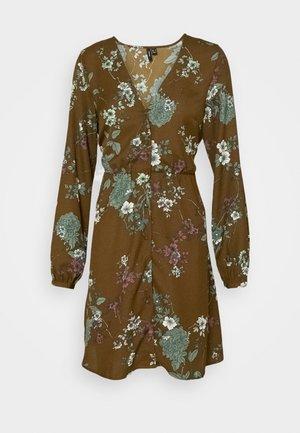 VMKATINKA TIE DRESS - Day dress - beech/katinka