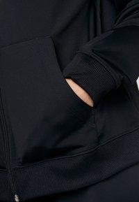 Nike Sportswear - TRACK SUIT SET - Træningssæt - black/white - 6
