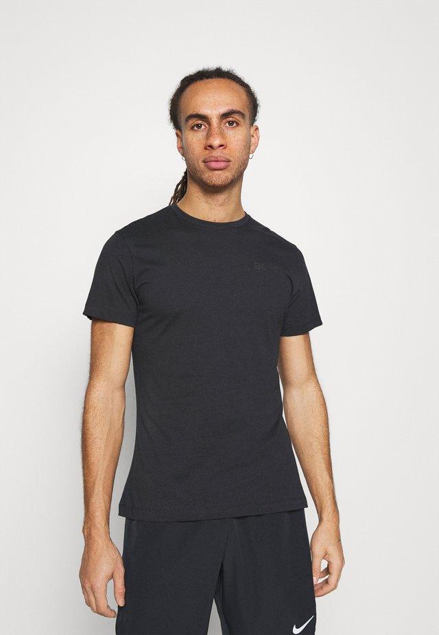 LOGO TEE - T-shirt - bas - black beauty