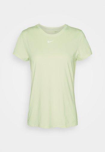 ONE SLIM - Basic T-shirt - lime ice/white