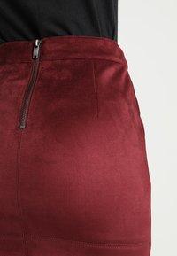 ONLY - ONLJULIE BONDED SKIRT - Mini skirt - chocolate truffle - 3