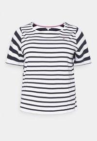 Tommy Hilfiger Curve - CANDICE  - Print T-shirt - breton white/desert sky - 5