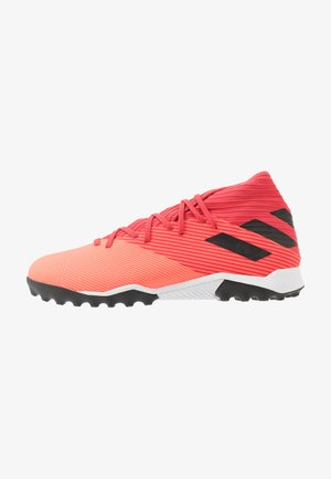 NEMEZIZ 19.3 TF - Astro turf trainers - signal coral/core black/red