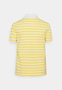Lacoste - Polo shirt - anthemis/flour - 1