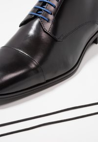 Azzaro - REMAKE - Smart lace-ups - noir - 5