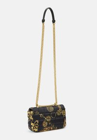 Versace Jeans Couture - QUILTED CROSSBODY - Skulderveske - nero/oro - 7