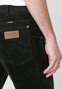 Wrangler - 11MWZ - Slim fit jeans - roisin green - 3