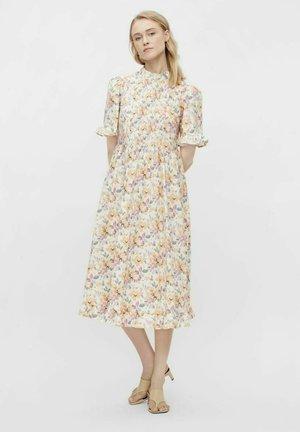 Day dress - eggnog