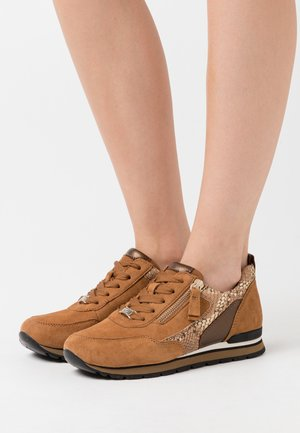 Trainers - camel/bronce
