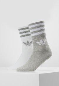 adidas Originals - SOLID CREW 2 PACK - Ponožky - medium grey heather/white - 0