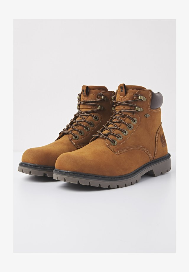 SNEAKER SECCO - Ankle boots - cognac/dk brown