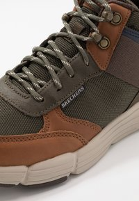 Skechers - METCO BELTOP - Sneaker high - brown/olive - 5