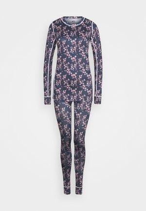 DELETION LIST FANTASTISK SET - Underwear set - lilac