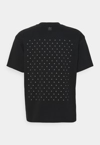 adidas Originals - PHARRELL  BF TEE UNISEX - T-shirt con stampa - black - 1