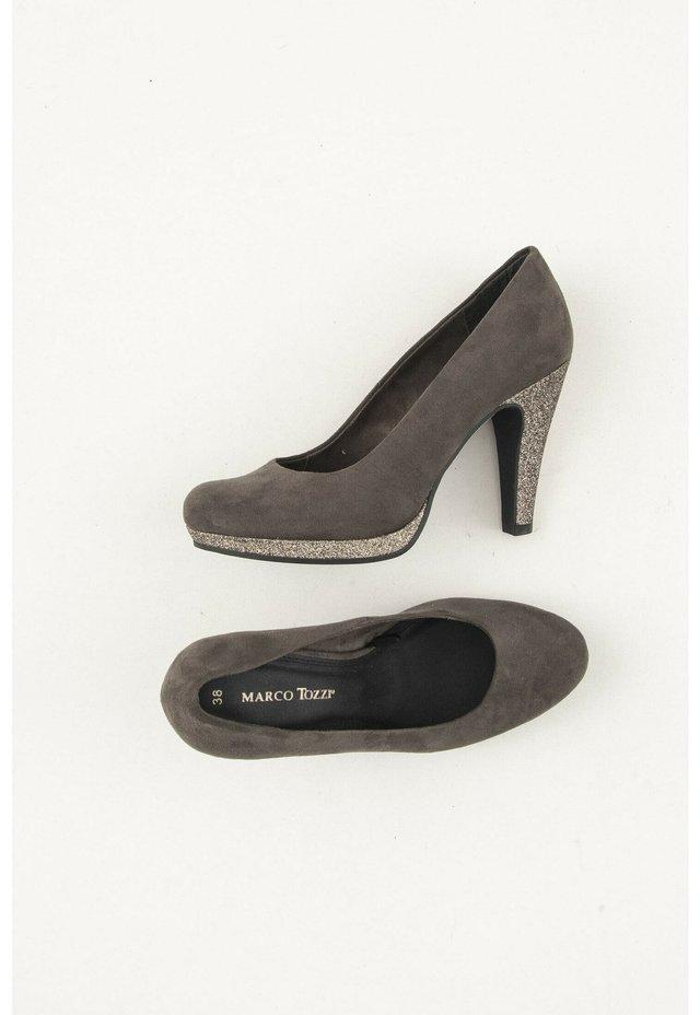 Hoge hakken - grey