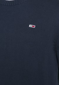 Tommy Jeans - ESSENTIAL CREW NECK UNISEX - Sweter - twilight navy - 5