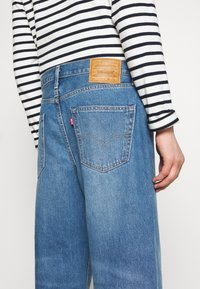 Levi's® - STAY LOOSE DENIM CROP - Jeans Relaxed Fit - blue denim