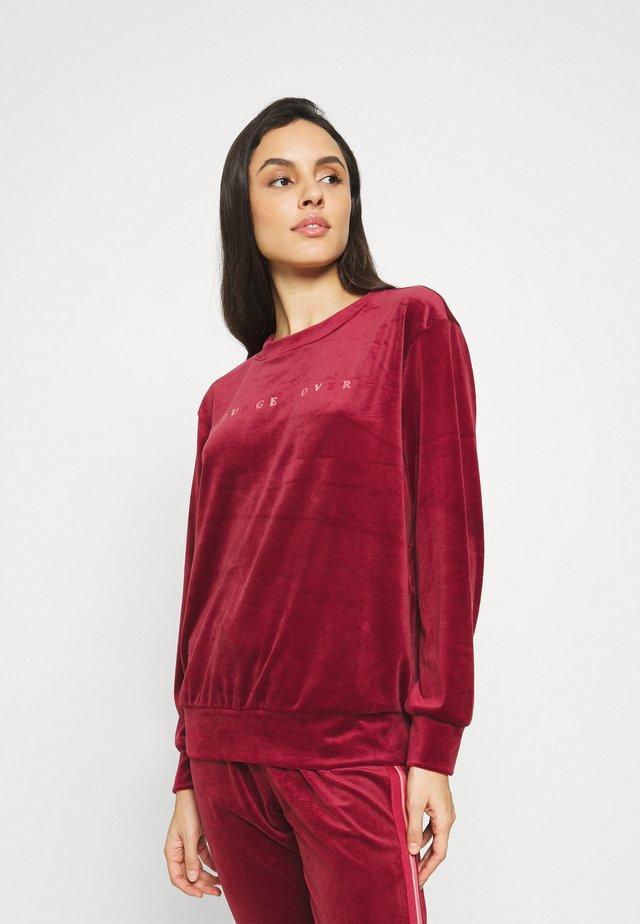 Pyjamasöverdel - rumba red