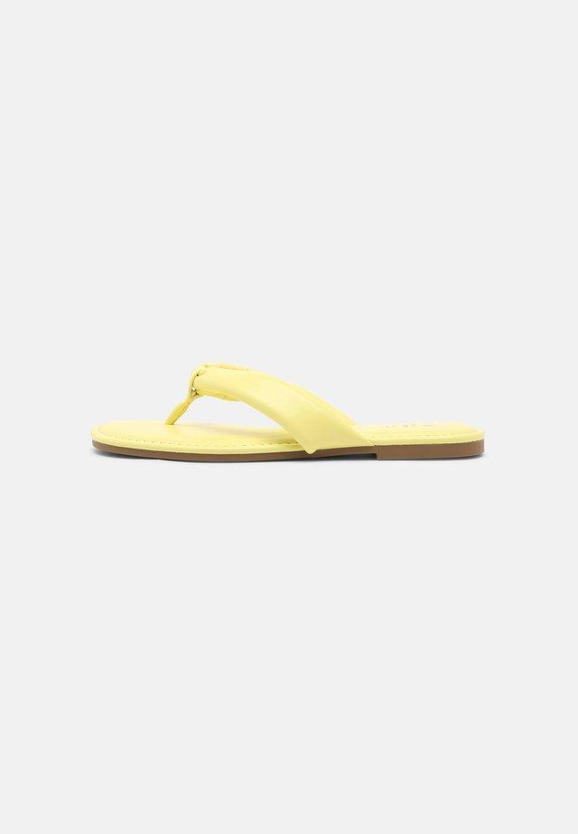 TRIWEN - Teensandalen - bright yellow