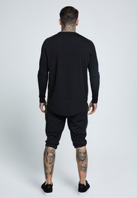 SIKSILK - PERFORMANCE CREW - Maglietta a manica lunga - black/gold - 2