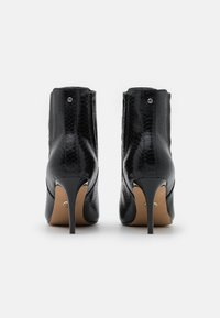 Buffalo - MAKENNA - Ankle boots - black - 3